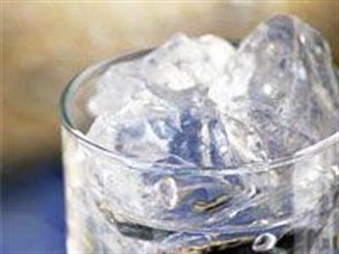 Buzlu su ile zahmetsizce zayıflayın